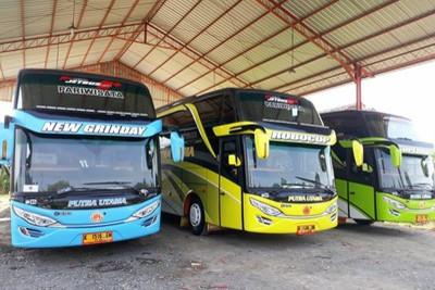 Bus dari Jogja Rafira Indonesia