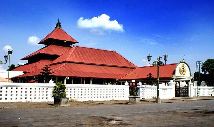 Informasi Menarik Mengenai Tempat Wisata Bersejarah di Jogjakarta