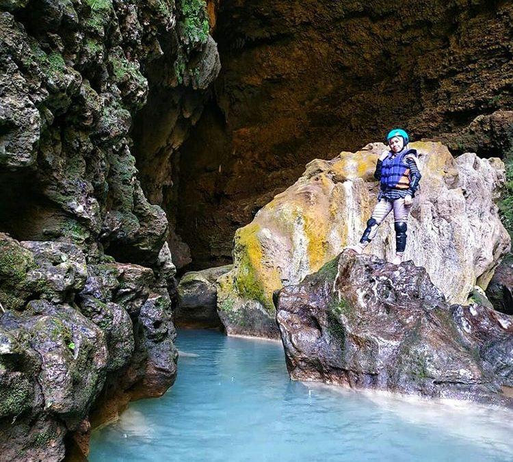 Cave Tubing dan Rafting di Goa Kalisuci Yang Seru