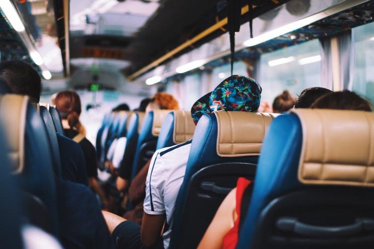 Mabuk Saat Naik Bus