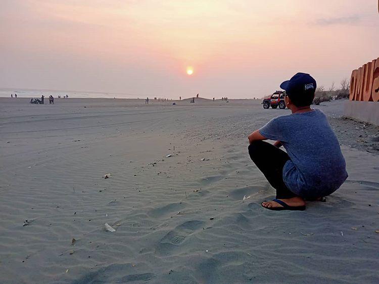 Sunset di Parangtritis, sumber ig yakuzareyvaldo