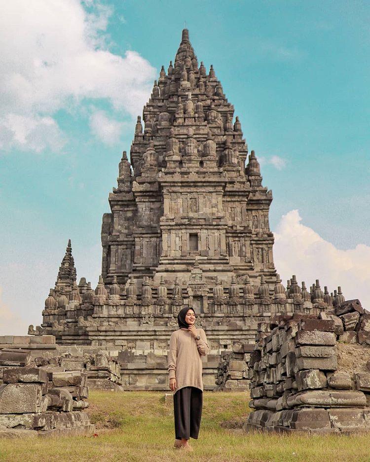 Candi Prambanan, sumber ig dewitarahmayana