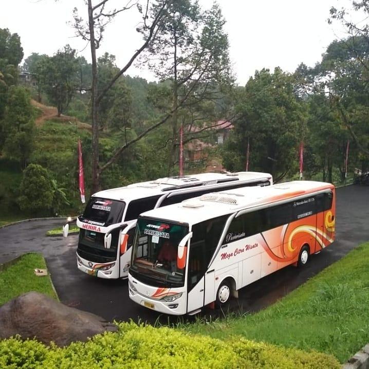 Layanan Rental Bus Wisata, sumber ig hauratranss