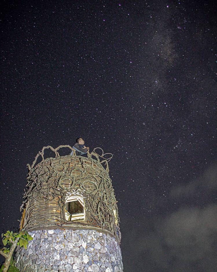 Spot Foto di Tebing Watu Mabur , sumber ig bocahmlaku