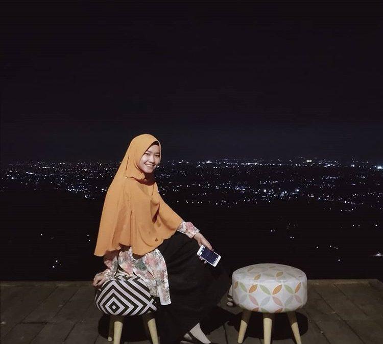Spot Foto Bukit Bintang di Jogja