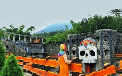 Spot Wisata Instagramable The Lost World Castle