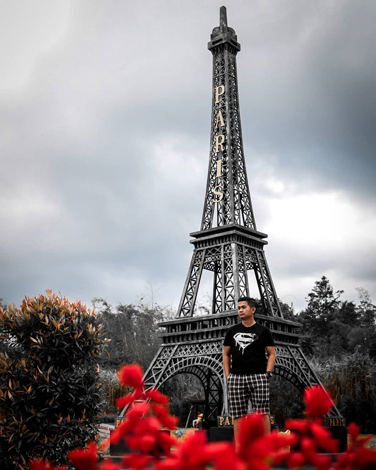 Miniatur Menara Eiffel, sumber ig riki.gulo