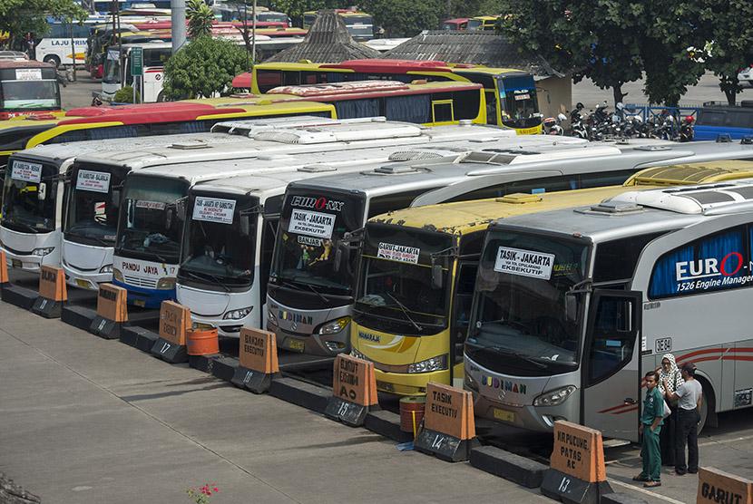 Bus Antar Provinsi, sumber : Republika