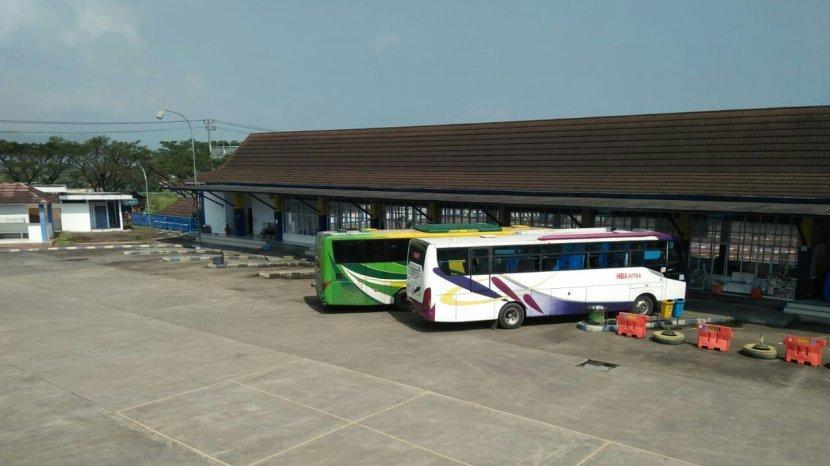 Terminal Bus, sumber : Tribun Jabar - Tribunnews.com
