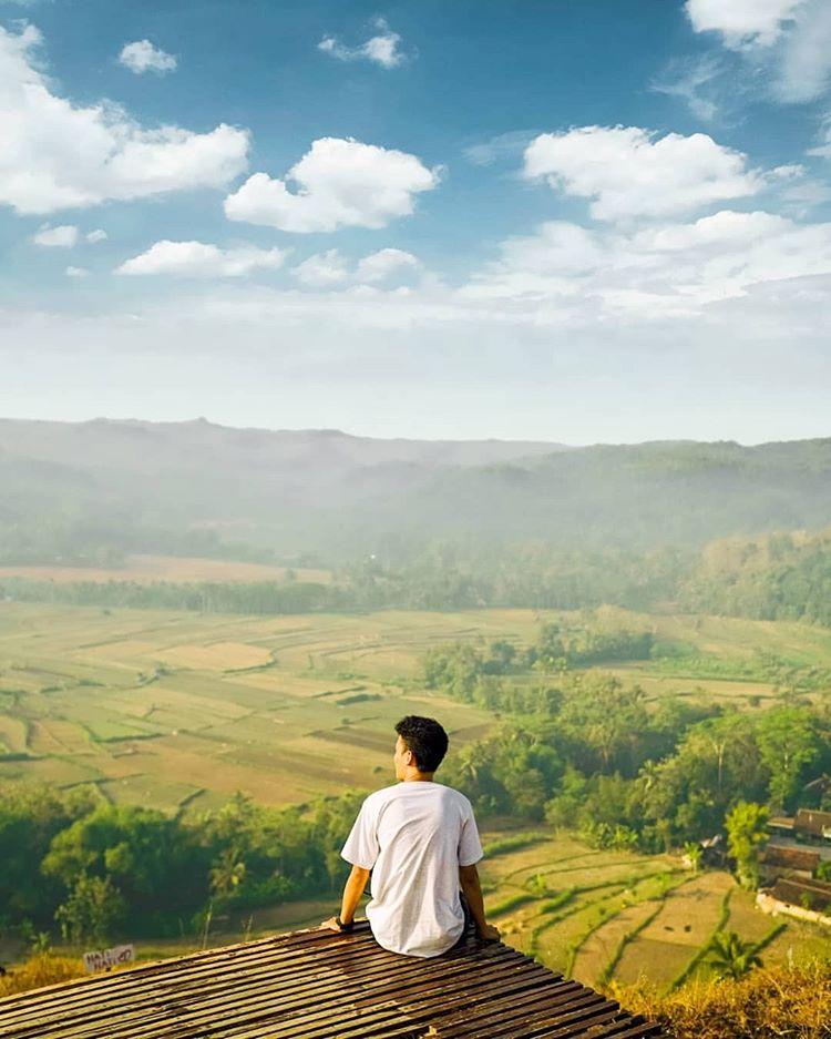 Gunung Ireng di Jogja, sumber jogjascenery